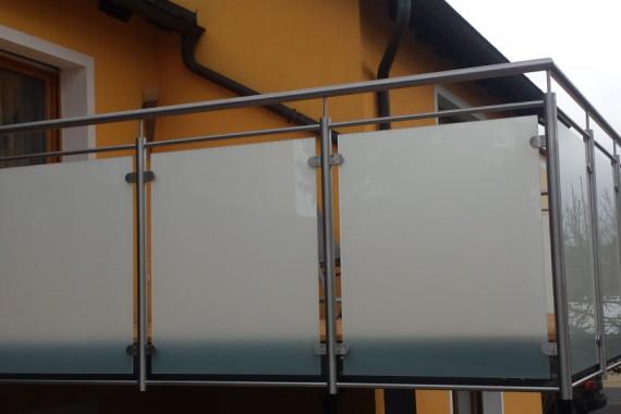 Absturzsicherung mit Glas