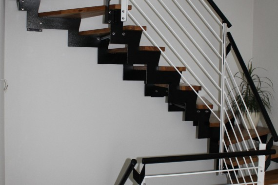gewendelte Zweiholmtreppe